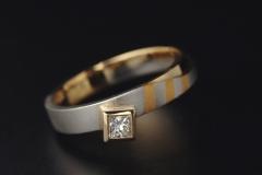 """""""Zebra"""" gy. platina, arany 18k, és gyémánt"""