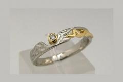 """""""rusztikus"""" platina- 18k arany gyűrű, brillel"""