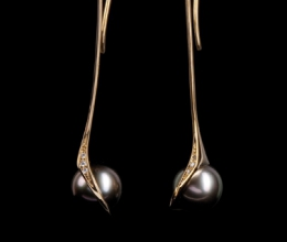 arany fülbevaló, tahit gyöngy, kis brillek. kb. 55mm