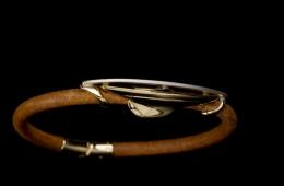 Dragon ffi. karkötő 18k arany, platina és bőr