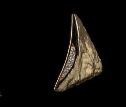 pala vitorlás fülbevaló arany, brillekkel